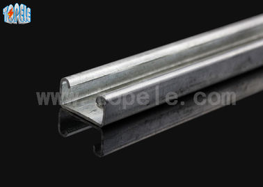 Cina 41 * 41mm Unistrut Channel Strut C Profil / Slotted Support Channel pabrik
